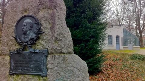 Gottlieb Daimler Gedenkstein in Bad Cannstatt